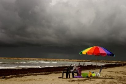 bad weather beach vacation